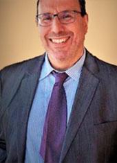 Dr Giannios